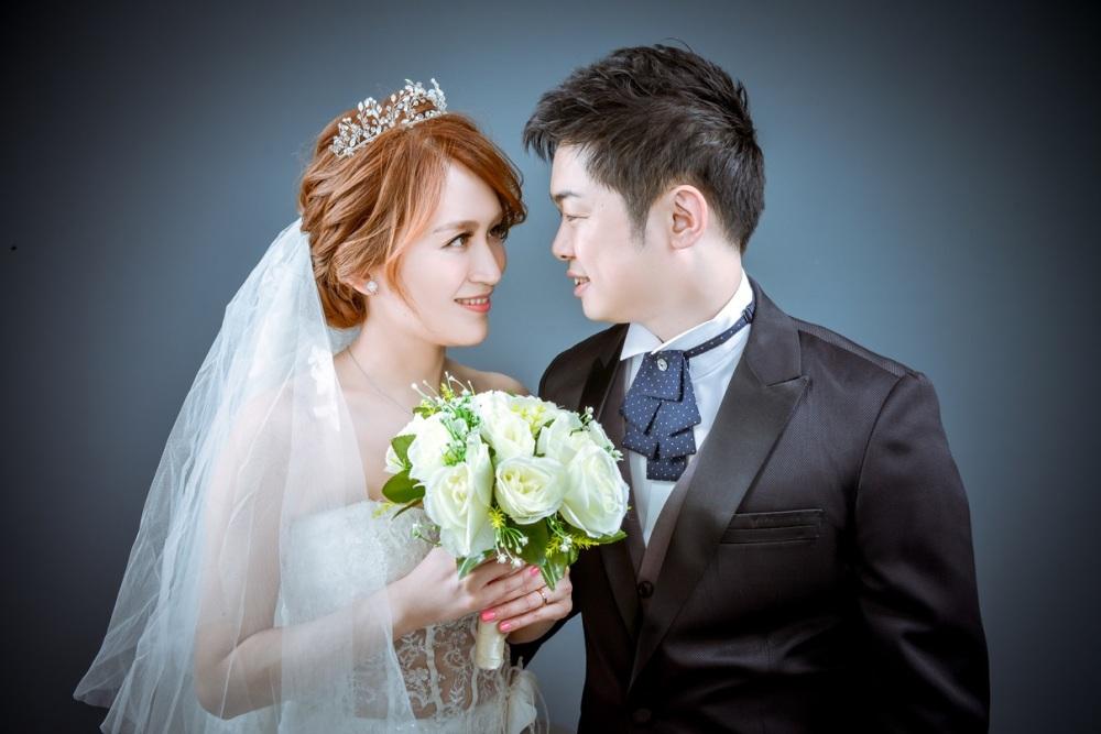 經典棚拍婚紗照-台北婚攝力元爸